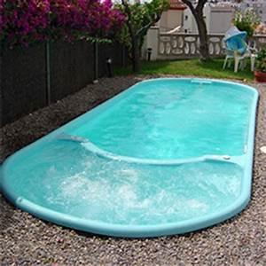 Piscine Coque Pas Cher : petite piscine pas cher piscine en dure hors sol idea mc ~ Mglfilm.com Idées de Décoration