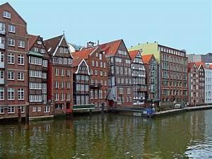 Bilder Mit Häusern : nikolaifleet mit den h usern der deichstra e in hamburg foto bild deutschland europe ~ Sanjose-hotels-ca.com Haus und Dekorationen
