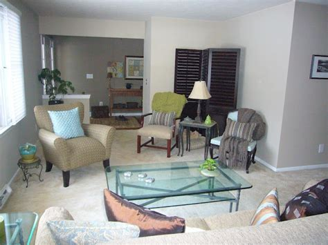 pavilion beige by sherwin williams living room