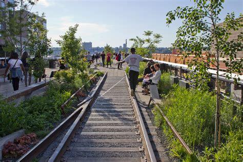 High Line, Phase 3 - Greenroofs.com
