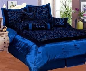 5 cheap 7 pcs queen size comforter set blue and black quot zebra quot beautiful flocking texture