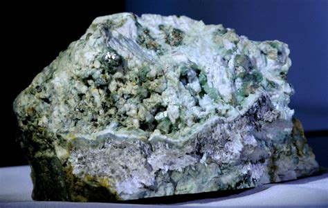 thetford mines black lake  area minerals hetford