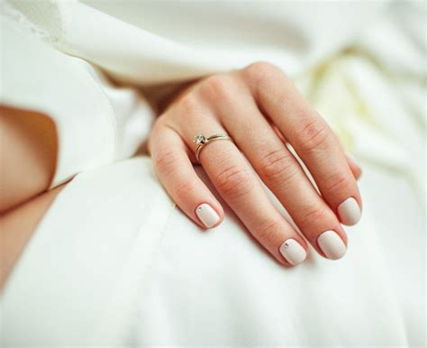 how to wear the engagement and wedding ring royal coster