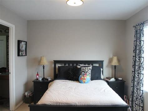 bloombety perfect grey paint color  bedroom perfect