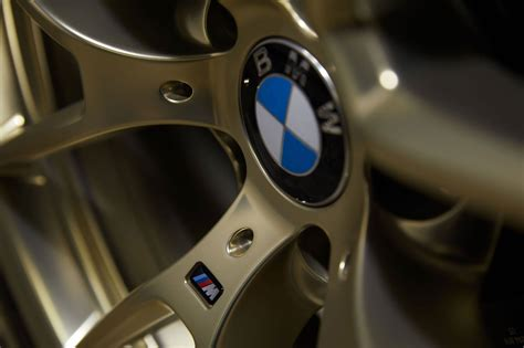 bmw  offering style  wheels  gold