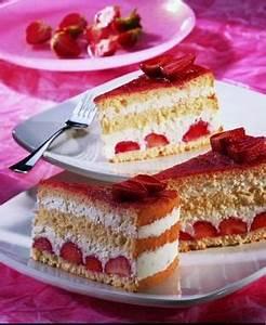 Torte Mit Erdbeeren : biskuittorte mit erdbeer kokos quark eine leichte torte ~ Lizthompson.info Haus und Dekorationen