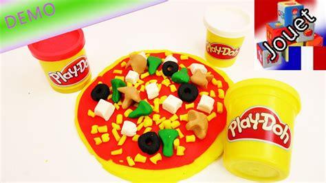 pate a modeler cuisine gigantesque pizza en pâte à modeler play doh jouer à