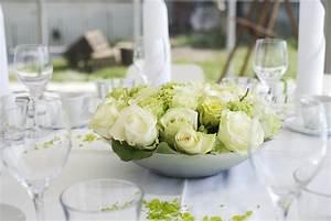 Ausgefallene Hochzeitsdeko Ideen : tischdeko in gr n weiss gro e bildergalerie ~ Frokenaadalensverden.com Haus und Dekorationen