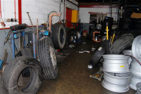 "Ribbleton Tyre Firm Fined For ""reckless"" Breach Of Safety"
