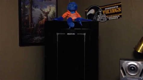 stack on 18 gun cabinet review stack on 18 gun steel security cabinet review youtube
