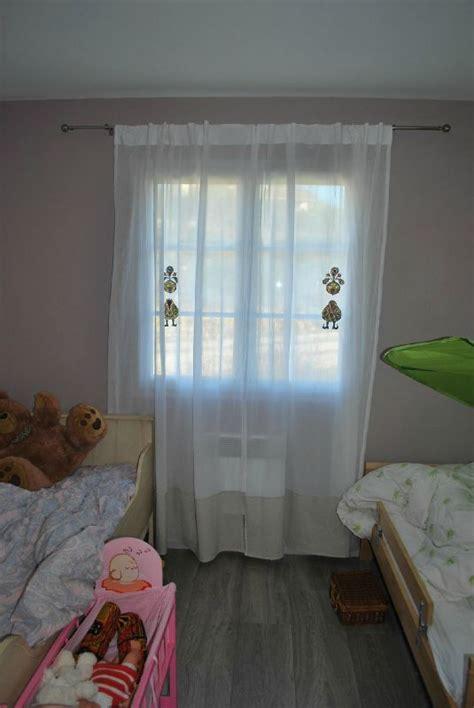 rideaux pour fenetre chambre la chambre des grands la p 39 tite maison des barbadines