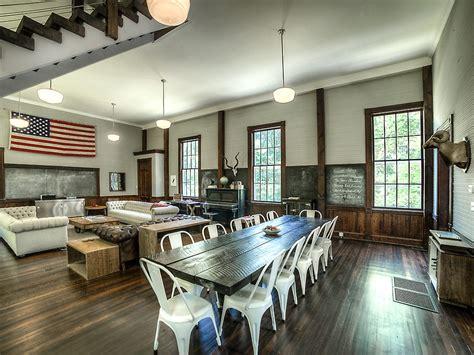 house   week  converted  room schoolhouse