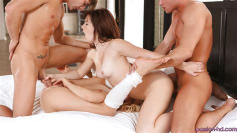 Flexible Sluts Aubrey James And Mia Malkova Licking Ass