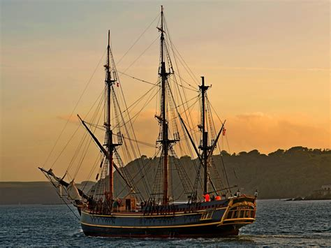 hms bounty male models picture