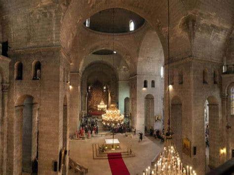 chambre d hote perigueux cathédrale front à périgueux dordogne sur perigord com