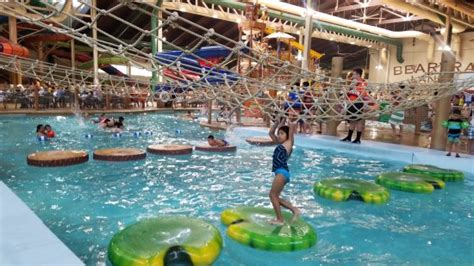 garden grove water park water park area picture of great wolf lodge southern