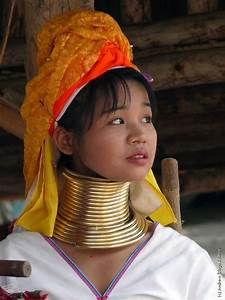 Padaung  Long-neck Women  35 Pics