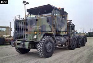Oshkosh Trucks Military Tractor