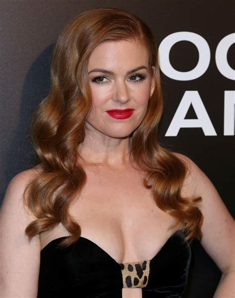 She is known for appearing in supporting roles in films, such as gloria cleary in the 2005's wedding crashers and rebecca bloomwood in 2009's confessions of a shopaholic. Isla Fisher - 'Nocturnal Animals' Screening in Los Angeles ...