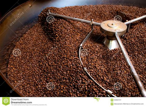 Roasting Process Of Coffee, Production Stock Photo Colectivo Coffee Refills Ozone Subscription International Day Starbucks Indonesia Austin Spain Canada Reviews Minneapolis Atlanta