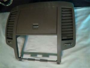 2005 Air Vents Oem   68270zb000  4185165