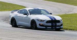 A speedy spin in 526-hp Ford Shelby GT 350 R Mustang