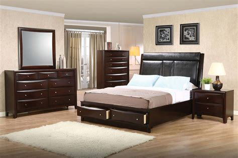 Coaster Phoenix Upholstered Storage Bedroom Set Deep