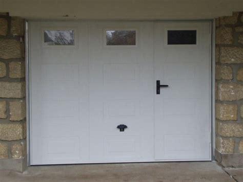 porte de garage basculante avec portillon lapeyre isolation id 233 es