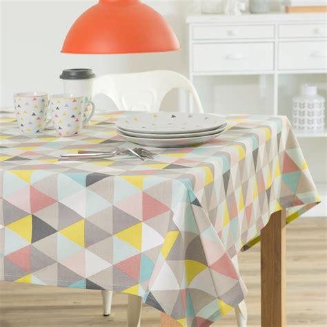 nappe cuisine nappe en coton multicolore 150 x 250 cm lucia maisons du