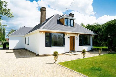 dramatic remodel   bungalow homebuilding