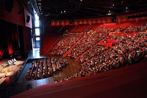 030 hitheatre salle 3000 centre congres cdubois
