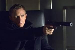 Daniel Craig with Silenced PPK - MI6 Community