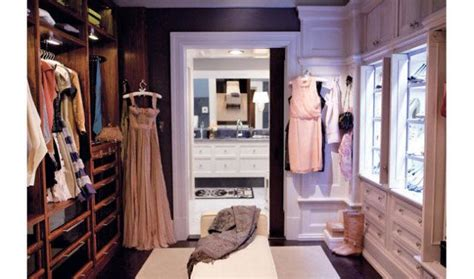 best tips on how to decorate your closet