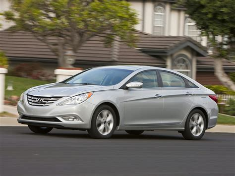 There are recalls for this vehicle! 2013 Hyundai Sonata - Price, Photos, Reviews & Features