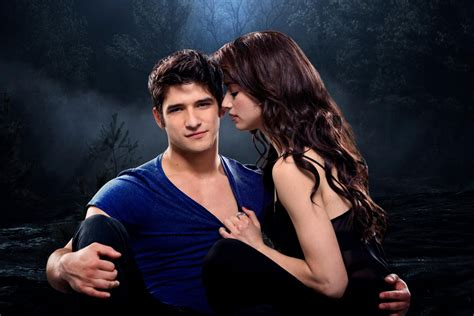photo de tyler posey photo crystal reed tyler posey