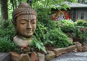 buddha figuren im garten verwohnen sie ihren geist With französischer balkon mit garten buddha