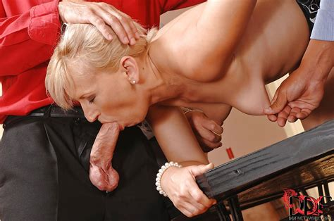 Mature Samantha White Presents Blowjobs For Two Bdsm