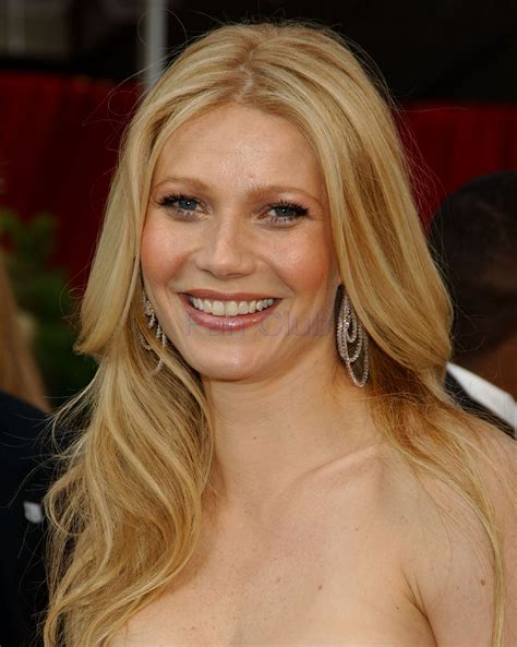 earrings models gwyneth paltrow photos pictures stills images