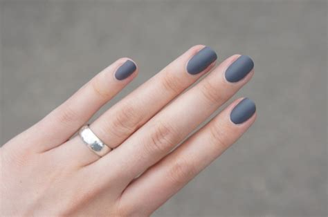 Matte Grey Nails Nr 35 By Essence