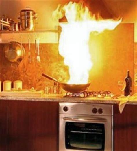 cuisine laurent quelques astuces pour éviter les feux de cuisson