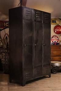 Casier Vestiaire Industriel : meuble industriel ancien vestiaire usine pour la maisons pinterest meubles industriels ~ Teatrodelosmanantiales.com Idées de Décoration