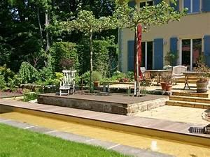 Terrasse Höher Als Garten : platane terrasse gartenelemente sitzpl tze terrassen b ume als schattenspender ~ Orissabook.com Haus und Dekorationen