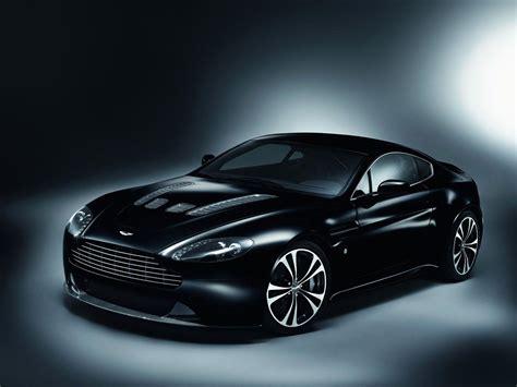 Aston Martin V12 Vantage and Carbon Black Special Edition ...