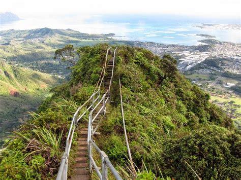 The Haiku Stairs Hawaiis Forbidden Stairway To Heaven