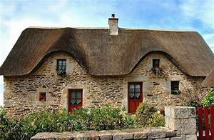 maison bretonne le charme de l39habitation typique pour With maison toit de chaume 6 les maisons typiques bretonnes