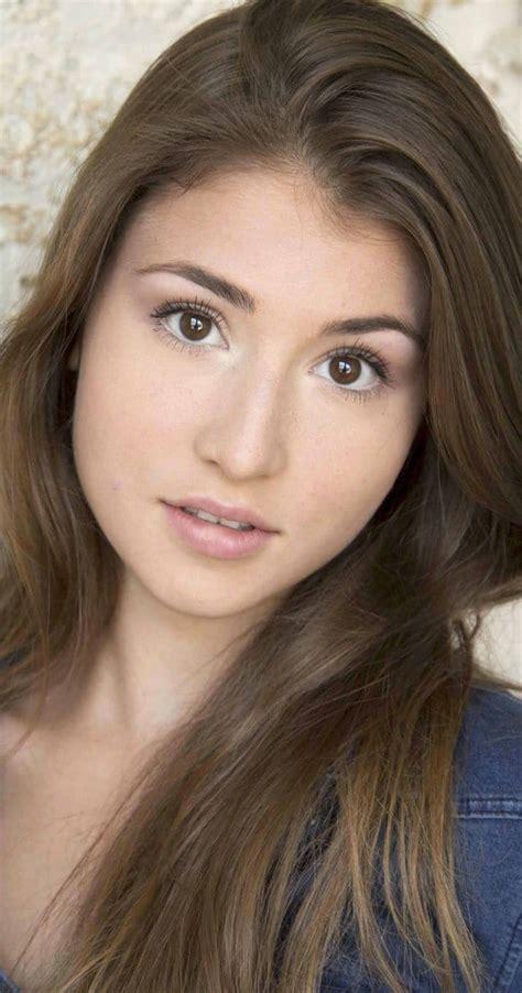 Picture Of Hannah Vandenbygaart