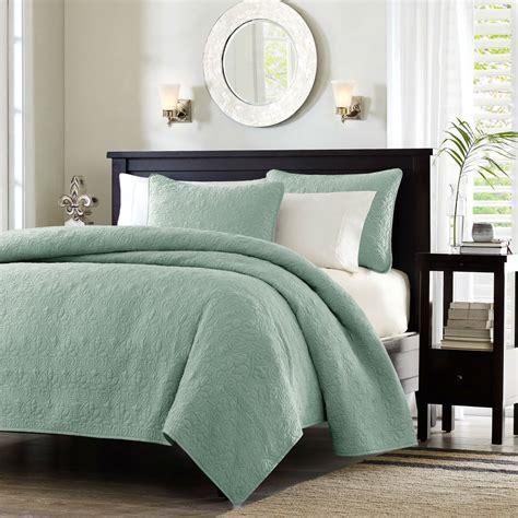 Full / Queen Seafoam Blue Green Quilted Coverlet Quilt Set