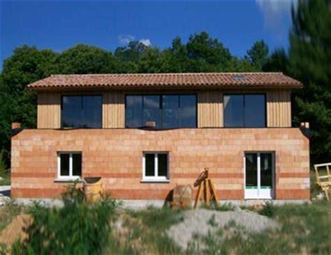 maison brique et bois cj charpente constructeur de maison en brique et en bois