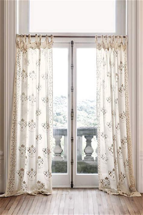 airy curtains  brighten  window design