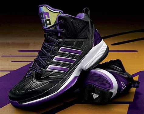 adidas  howard light dwight howard signature sneaker